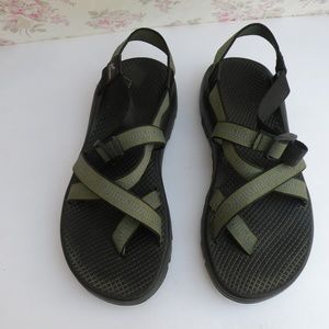 CHACO SHOES 10